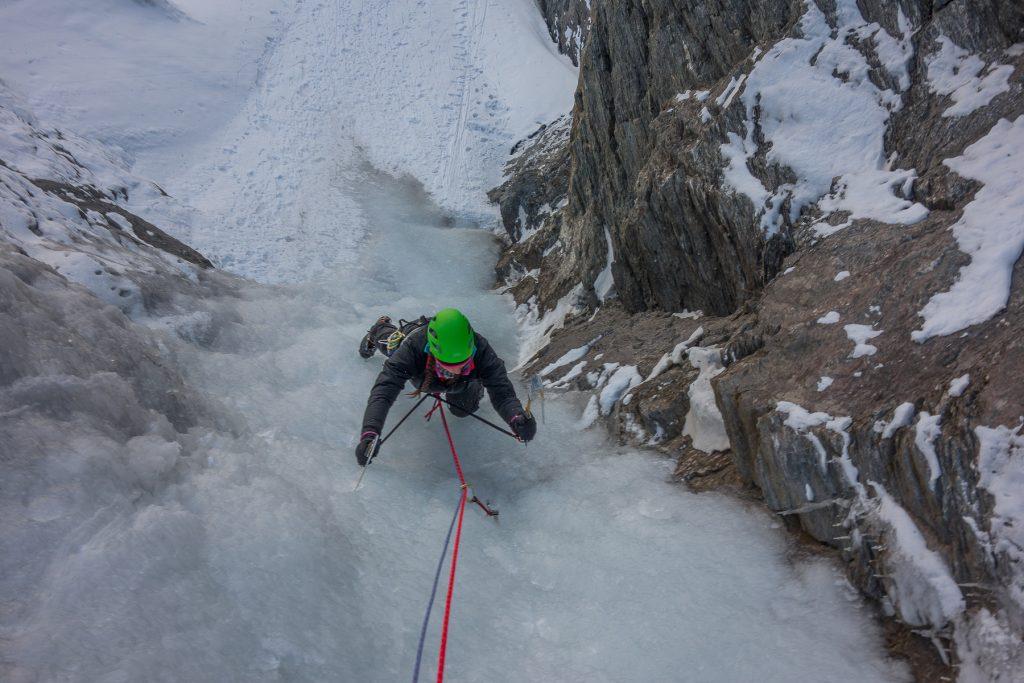 valle-argentera-guide-alpine-ice-climbing-arrampicata-su-ghiaccio